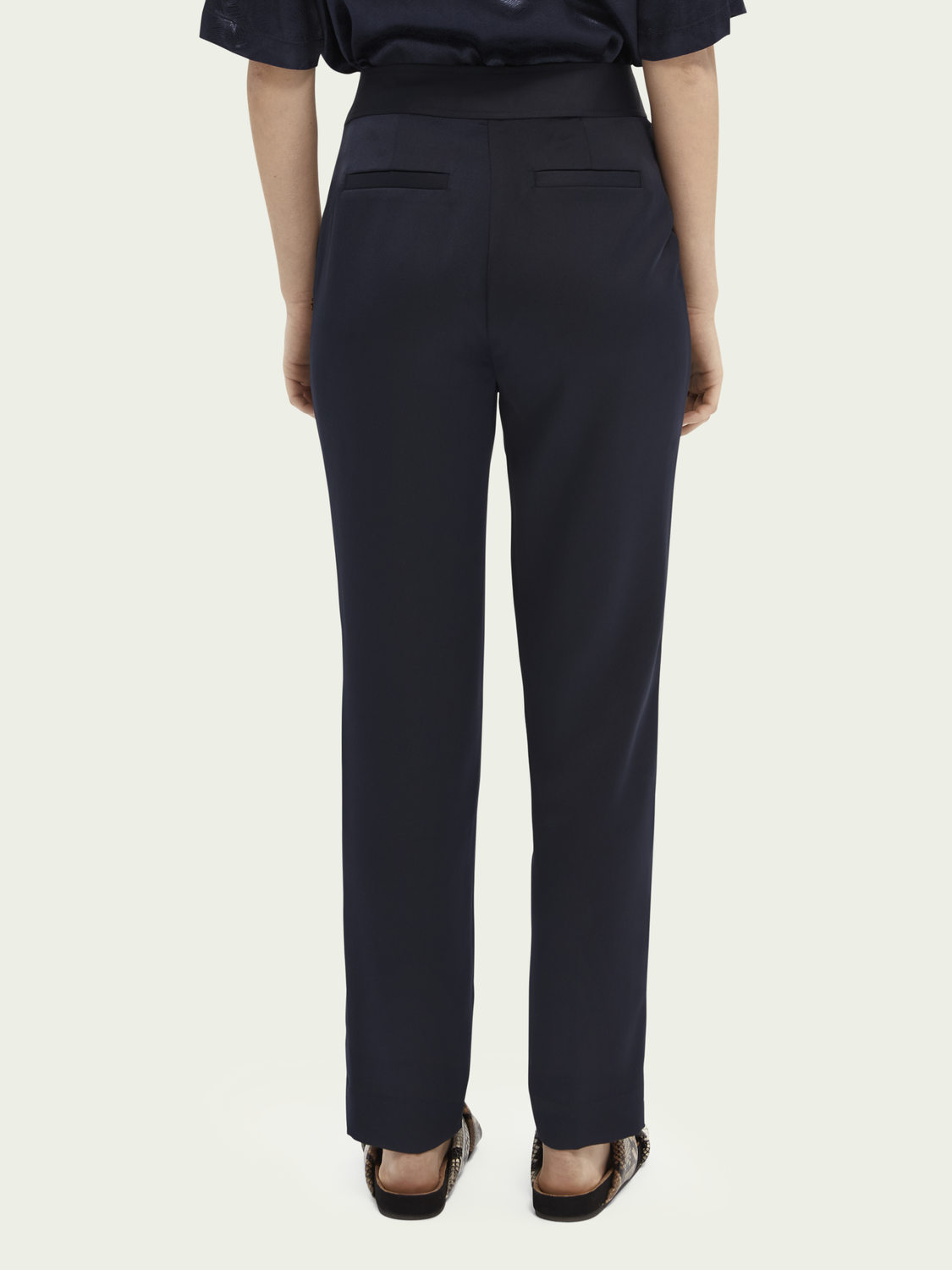 Women Tailored belted trousers