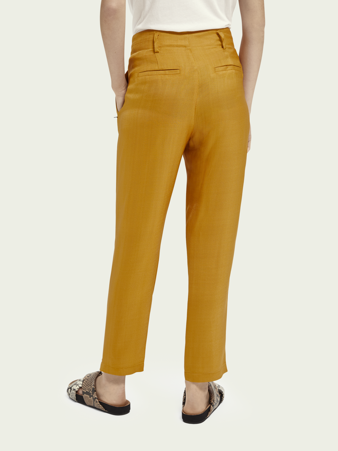 Women Tailored straight fit trousers