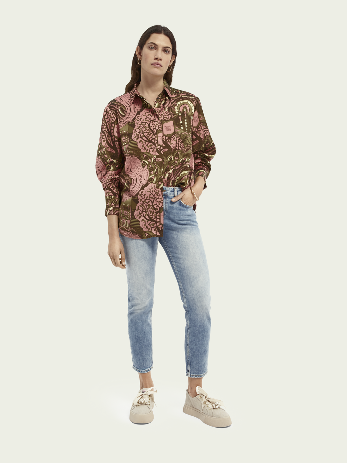 Women Loose-fit pattern shirt
