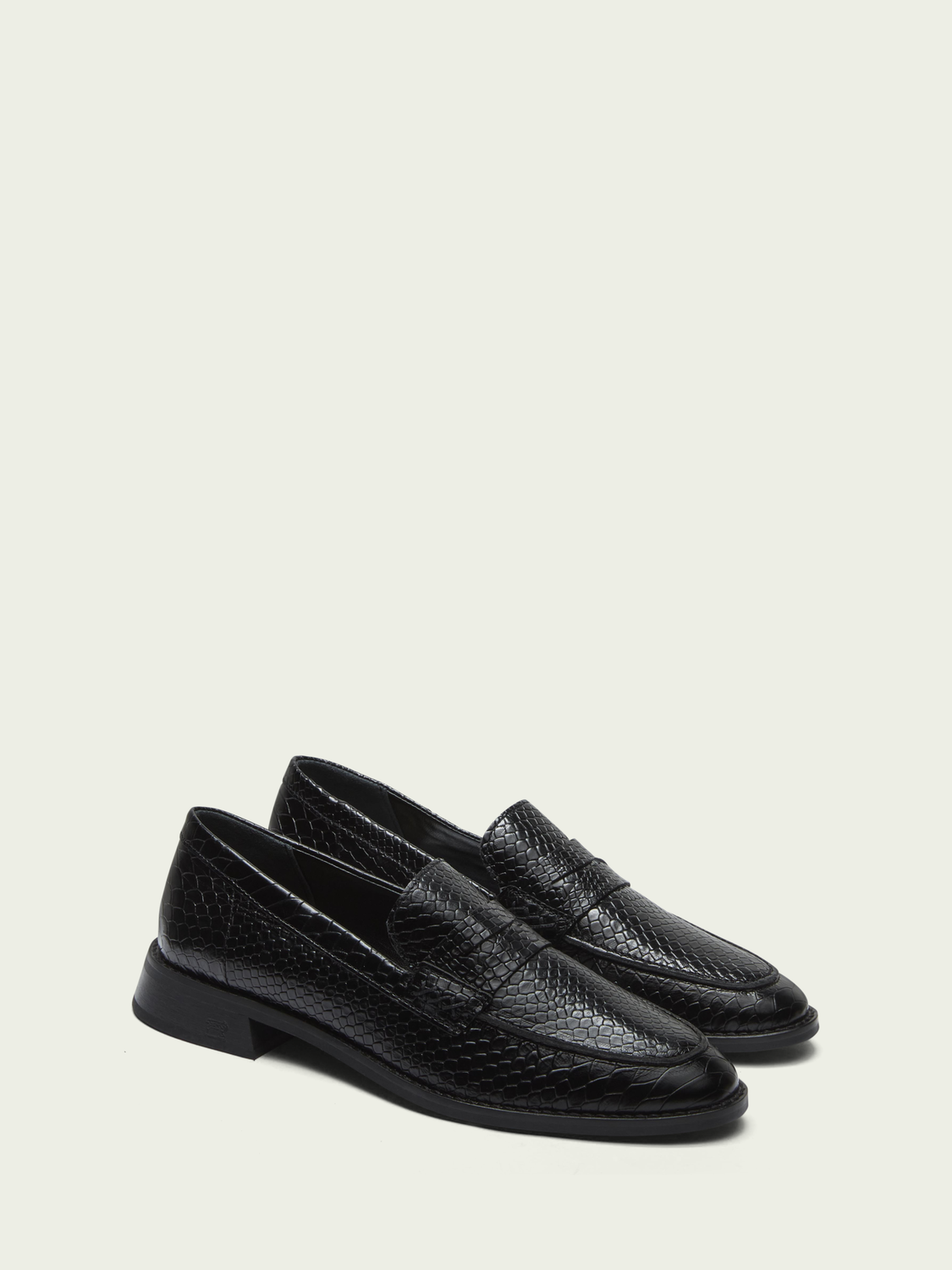 Women Loel leather loafers